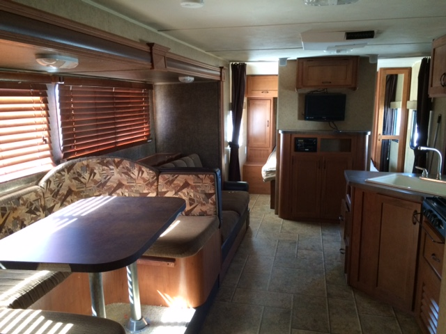 Large w slide glamis rv rentals 877 562 8941 Rv with 2 bedrooms 2 bathrooms